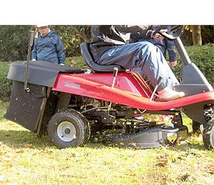 エンジン式芝刈り機のメリット デメリット